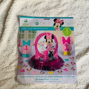 Minnie Mouse 1st birthday table decorating Kit NIB